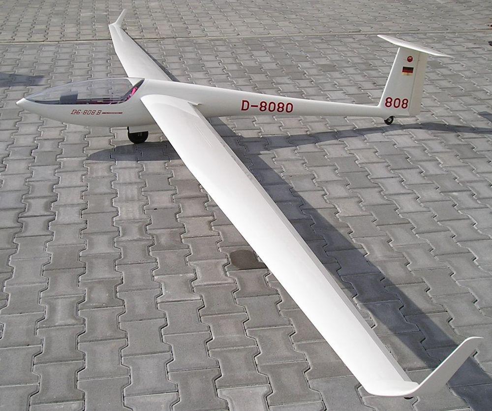 Let Model - Dg 808